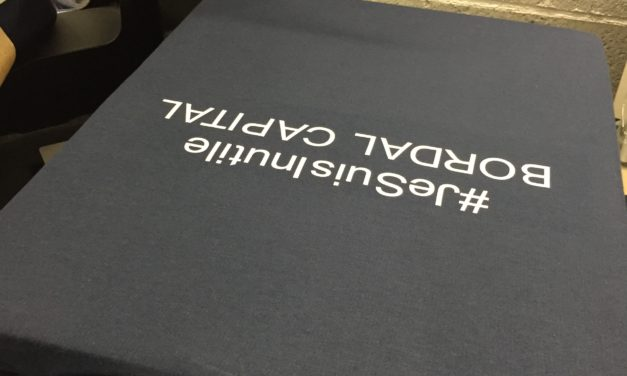 Le Flocage Textile par Standard Sérigraphie