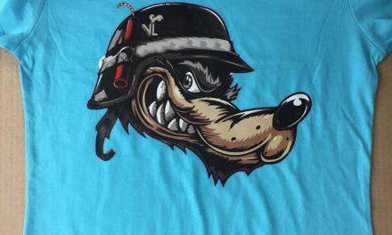 Flocage sur Tee shirt et Casquette Personnalisée pour La Marque «Vieux Loup»