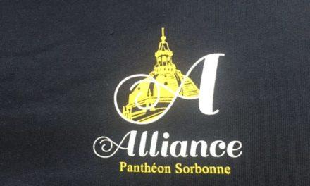Pull Personnalisé pour l'association étudiante de la Sorbonne